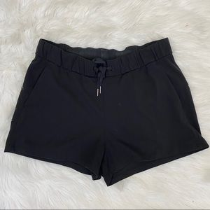 LULULEMON Athletica Hot Shorts Black size 10